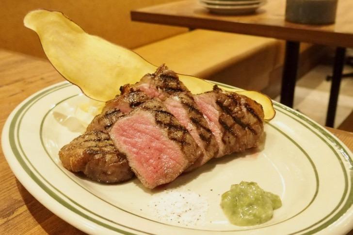 熟成牛サーロイン肉グリル150g(2,680円)