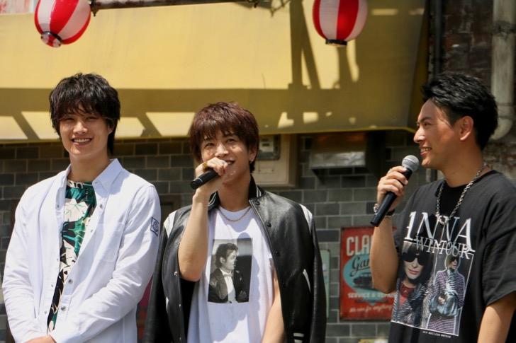左から鈴木伸之さん、岩田剛典さん、山下健二郎さん