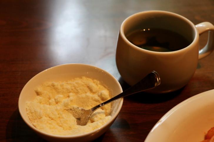 ナポリタンにスープとブレンドコーヒーのセット
