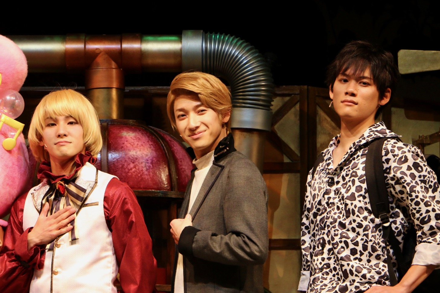 左からルバート役の笠原彰人さん、ラルゴ役の五十嵐拓人さん、グリッサ役の鈴木雅也さん