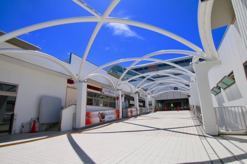多摩モノレール多摩センター駅方面