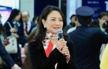 株式会社サンリオエンターテイメント 取締役館長 小巻 亜矢さん