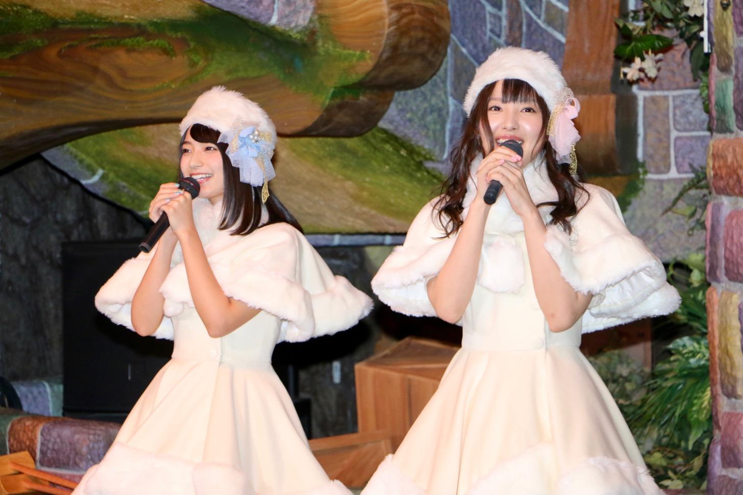 声優ユニット「イヤホンズ」の高野麻里佳さん(左)と長久友紀さん(右)