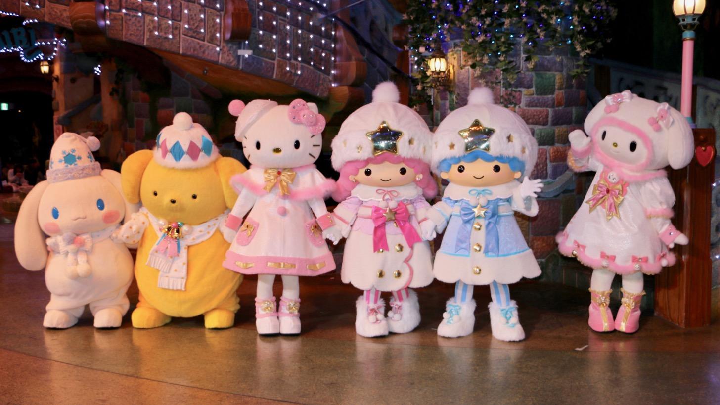クリスマスコスチュームに身を包んだキャラクターグリーティングが開催