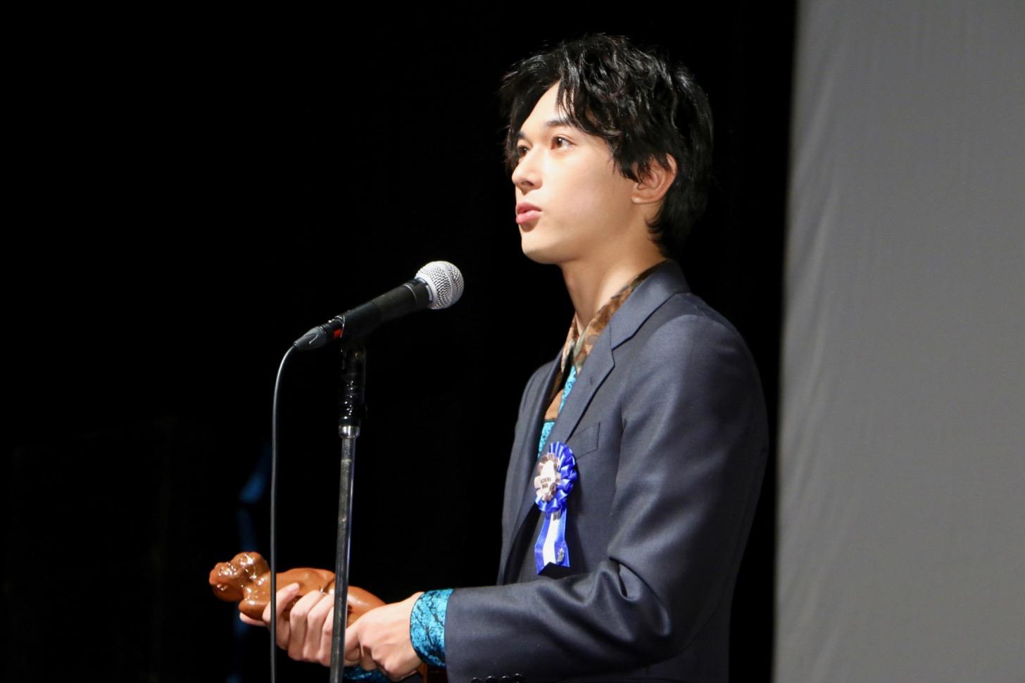 最優秀新進男優賞 吉沢亮