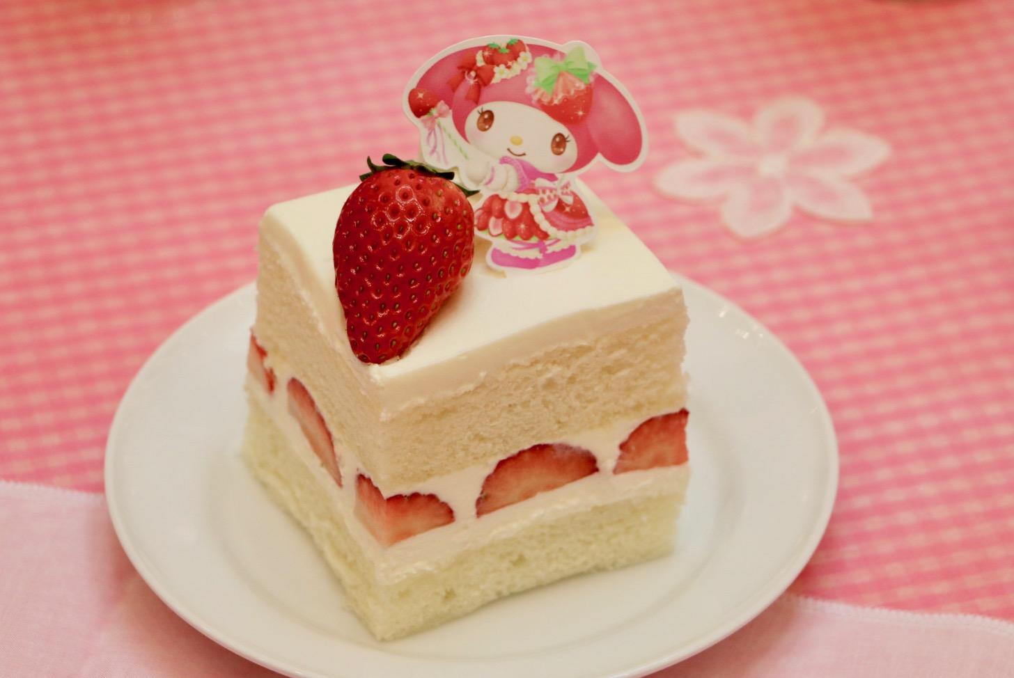 マイメロディのストロベリーショートケーキ(700円税込)