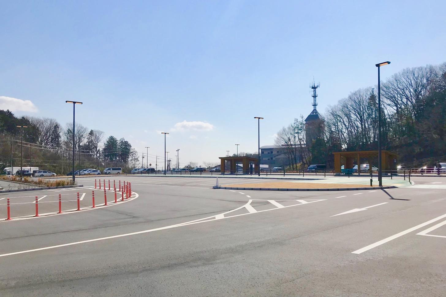 メッツァの駐車場