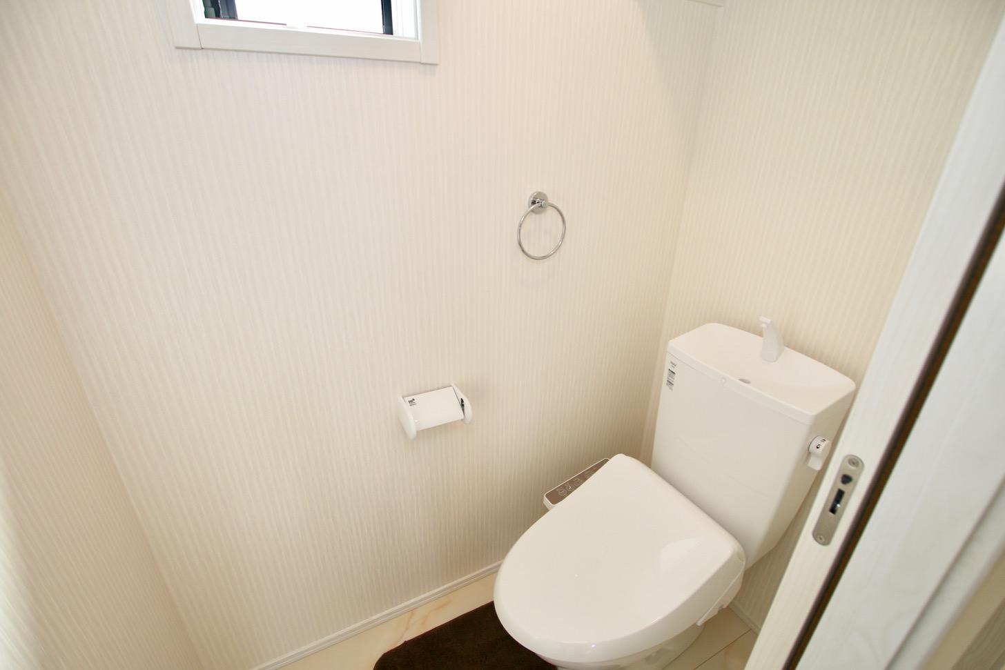 2階:シャワー付トイレ