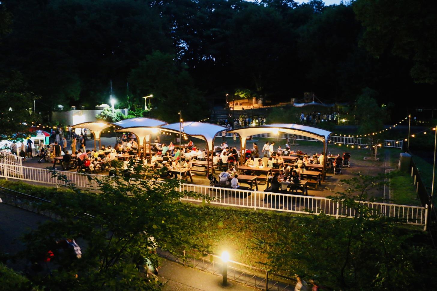 多摩動物公園 森のビアガーデン(カンガルー広場)