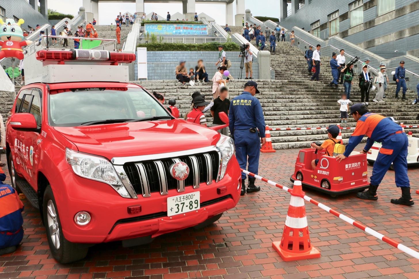展示・体験等訓練展示・体験等訓練 (パルテノン大通り)東京消防庁ブース