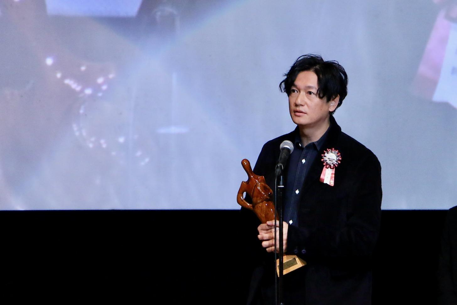 井浦新さん(最優秀男優賞)第11回TAMA映画賞授賞式
