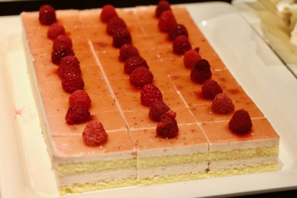ストロベリームースケーキ