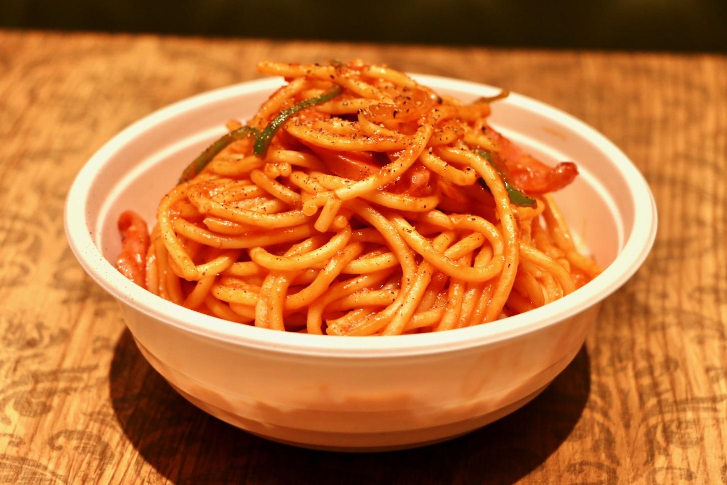 「スパゲッティーのパンチョ」のナポリタン(並400g)