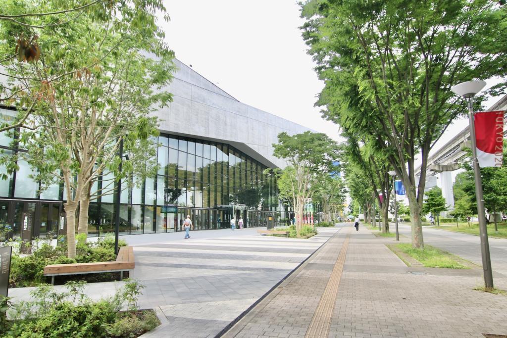 「TACHIKAWA STAGE GARDEN」のメインエントランス
