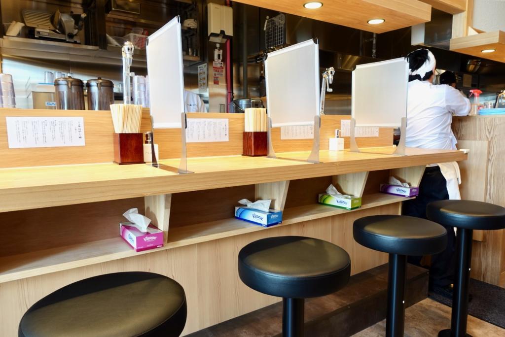 らぁ麺はやし田 多摩センター店の店内