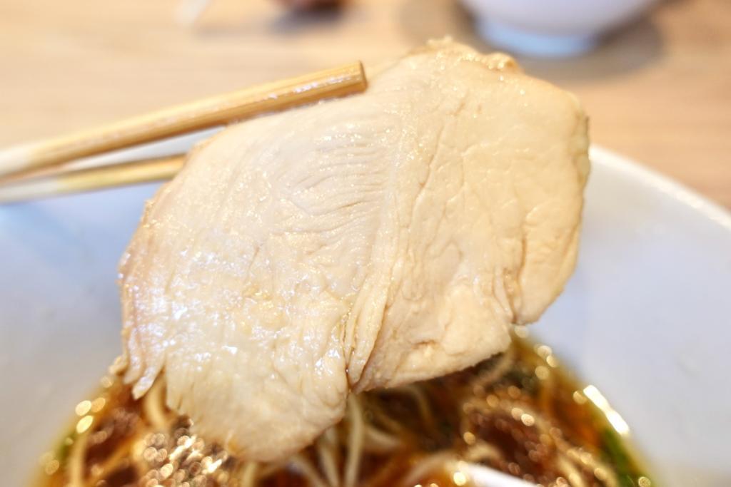 醤油らぁ麺鶏チャーシュー