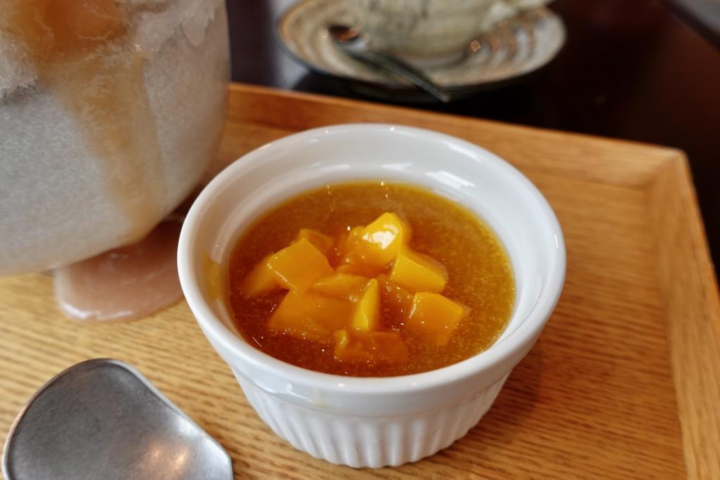 「茶房 中野屋」アップルマンゴーソース