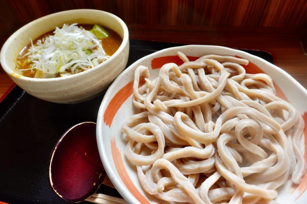 小平うどん聖蹟桜ヶ丘店の肉入りカレーうどん(つけ麺)