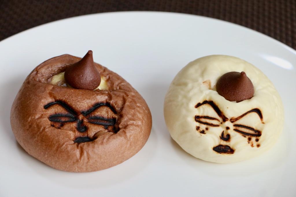 「日焼けした永沢君のクリームパン」と「永沢君のチョコパン」