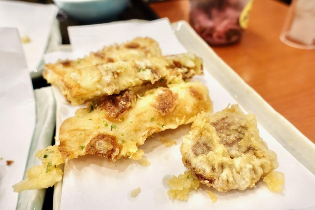 最後にちくわと市田柿の天ぷらを追加注文