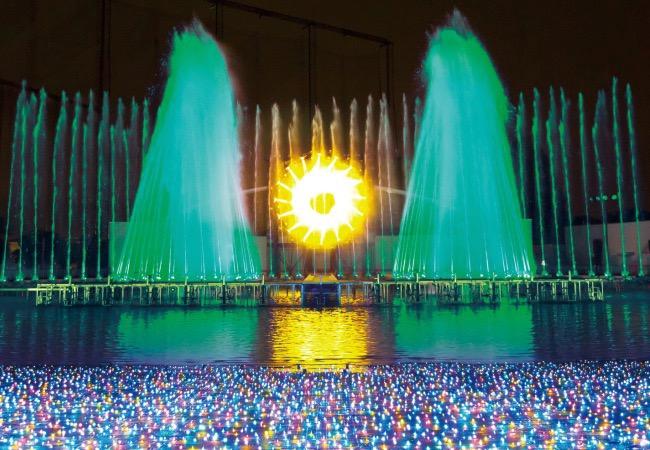 噴水ショー「ラ・フォンテーヌ~クリスマスバージョン~」
