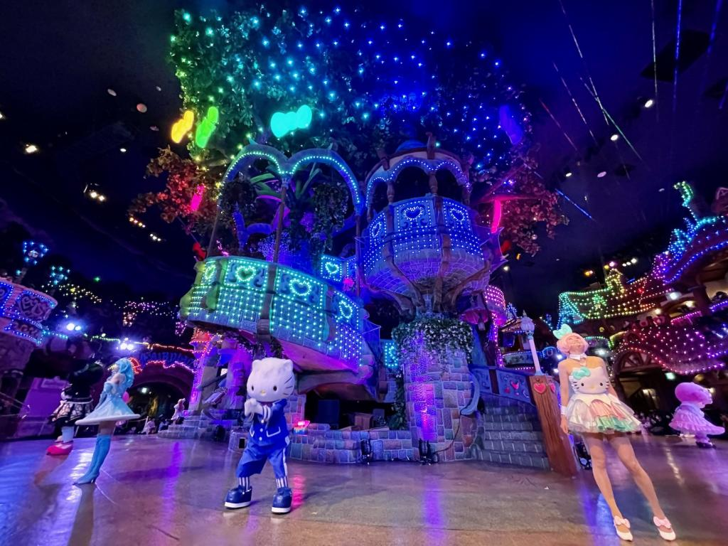 サンリオピューロランド「Hello, New World ~虹を、つなごう~」