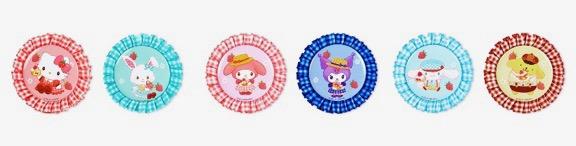 ロゼット缶バッジ 各660円