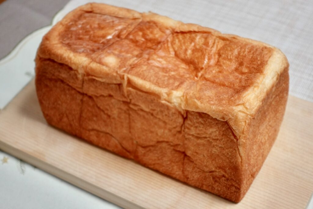 「題名のないパン屋」さんの「無題の熟成<プレーン>」