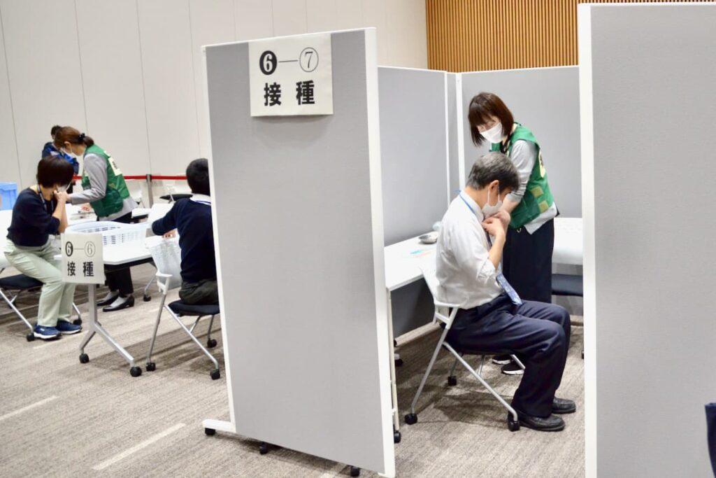 リンクフォレストでの集団接種シミュレーションの様子(画像提供:多摩市)