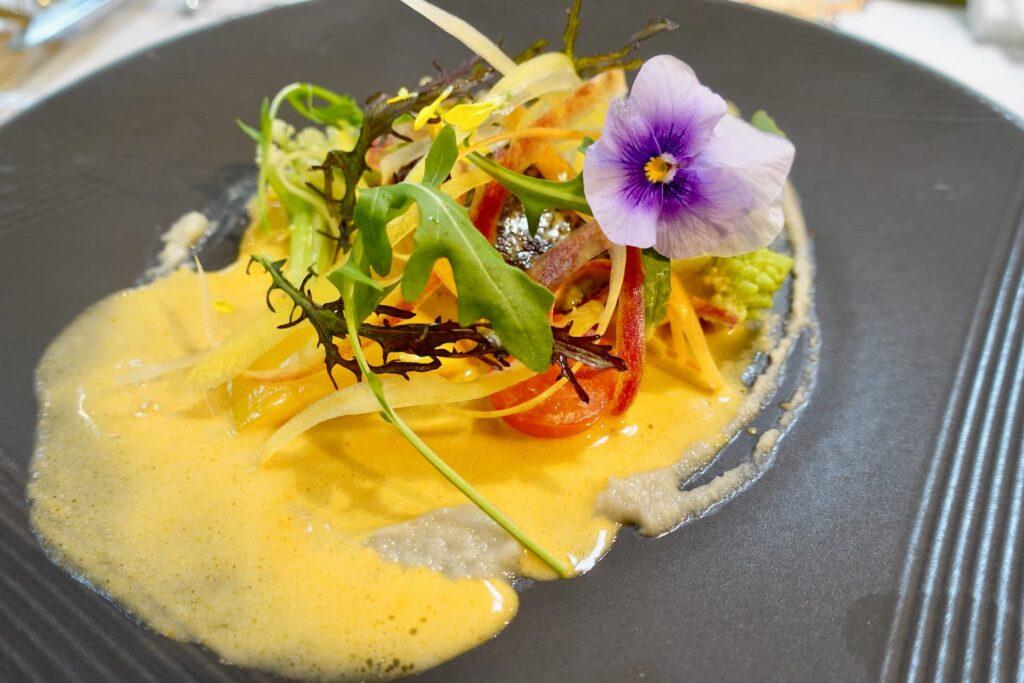 秋鮭と野菜のブレゼ