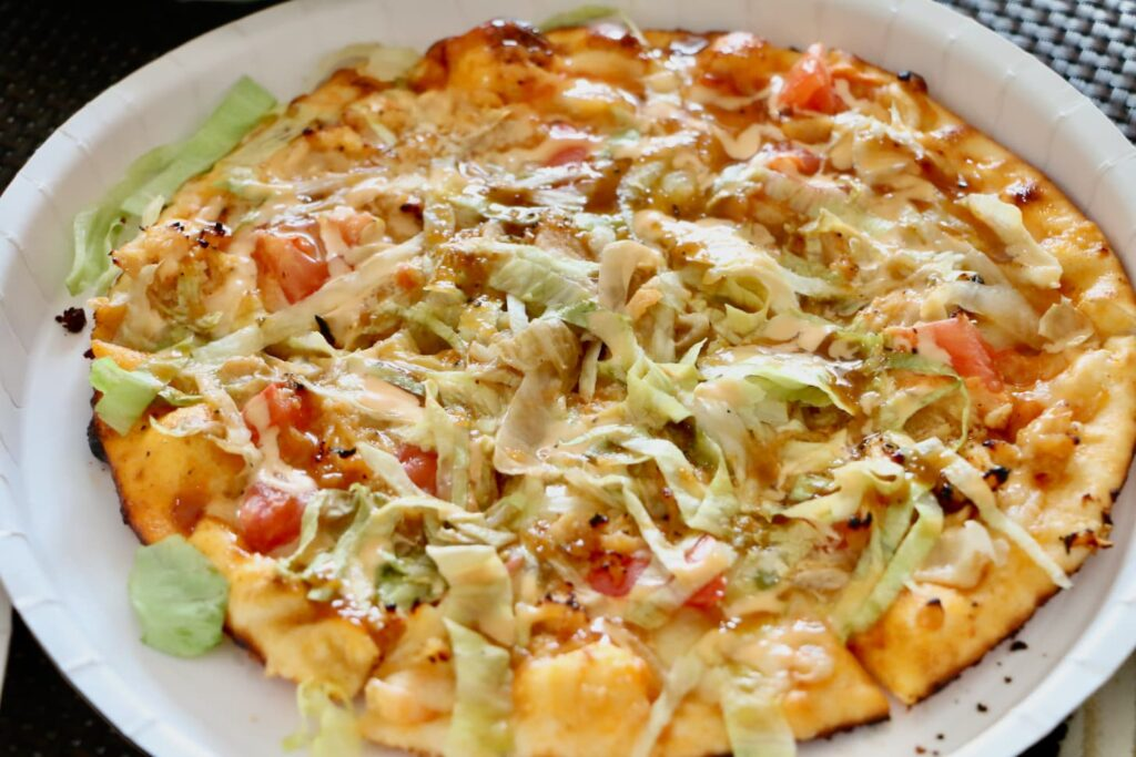 シェーキーズ ケバブ風ピザ