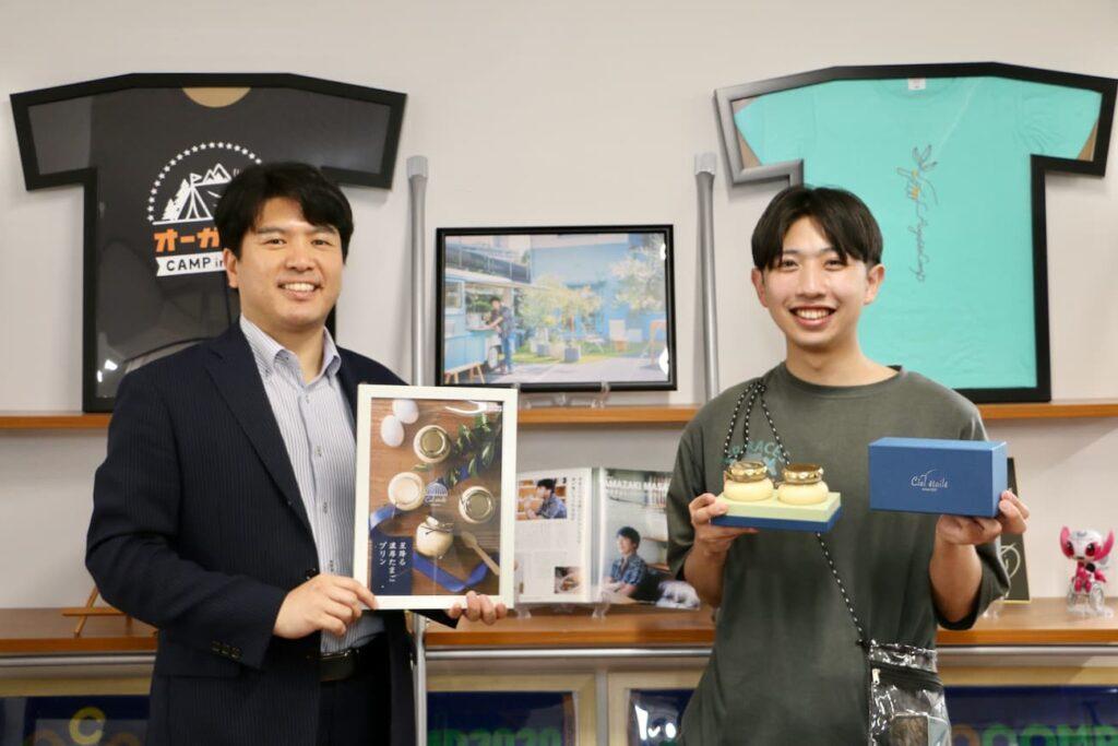 株式会社デザインオフィス・キャン、代表の竹堂さん(写真左)と開発担当の松本さん(写真右)