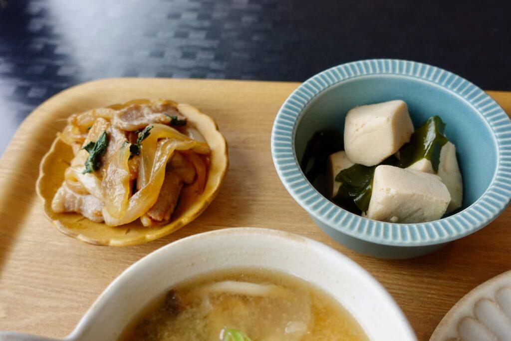 生姜焼きと高野豆腐