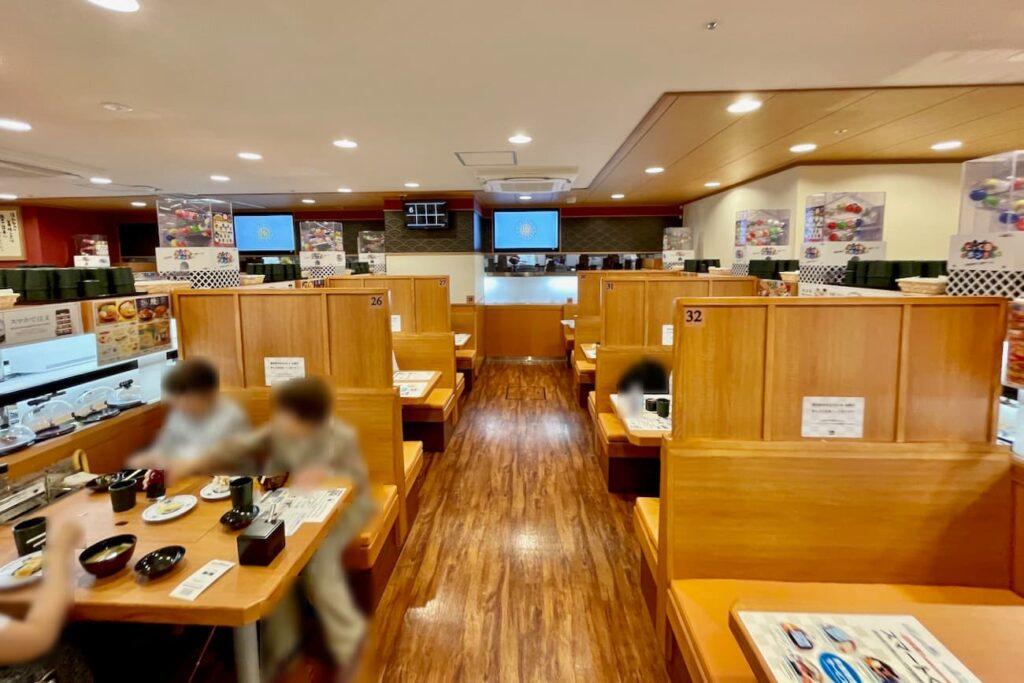 くら寿司聖蹟桜ヶ丘駅前店の店内